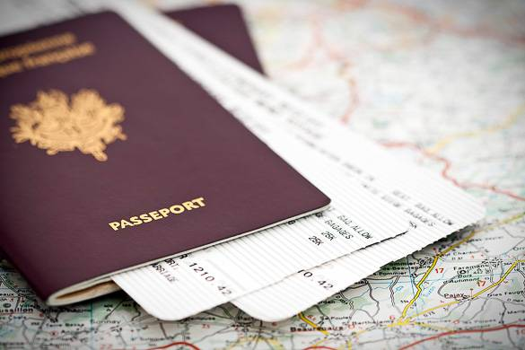 how to renew travel document uk