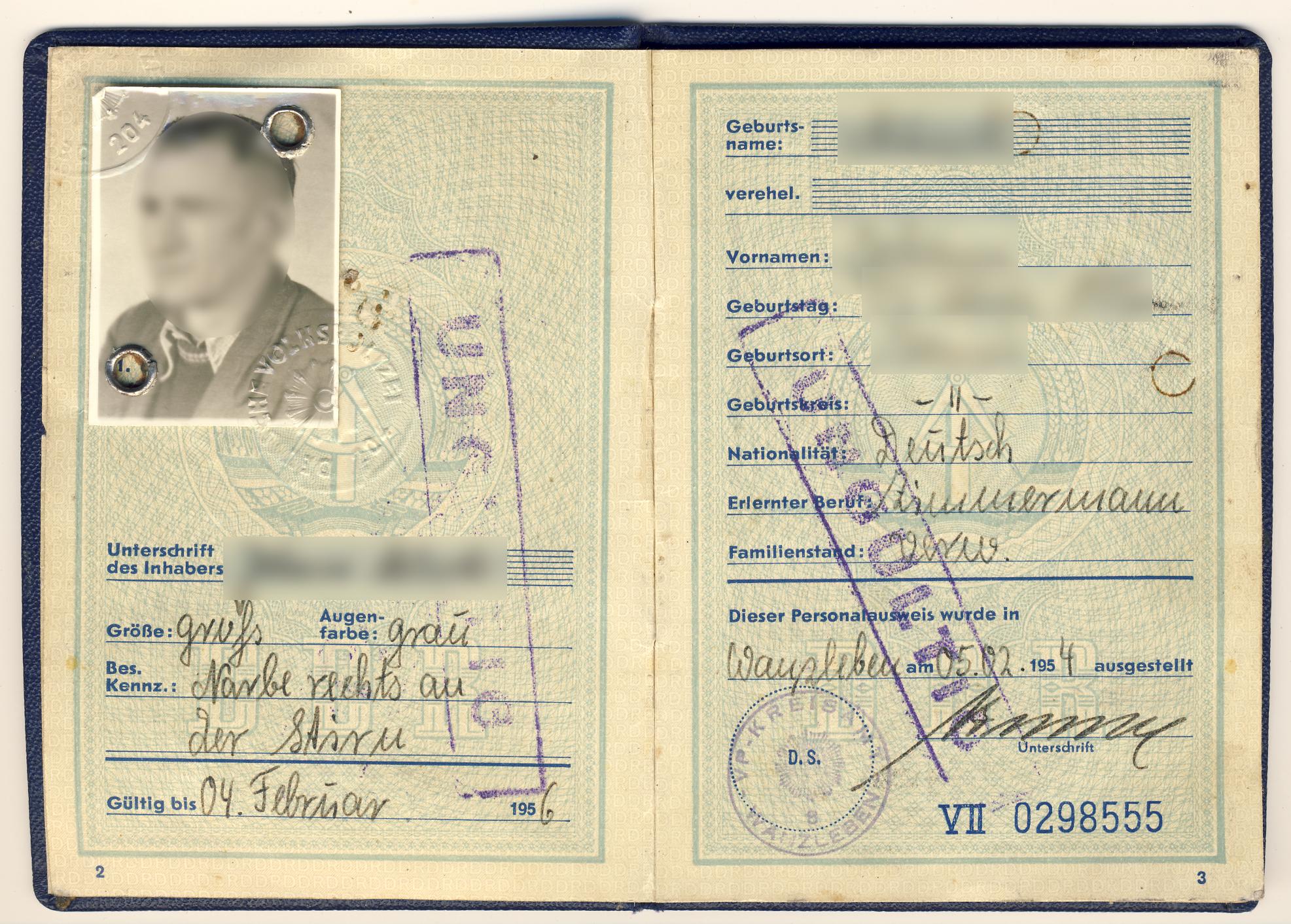 amsterdam australian convetion travel document