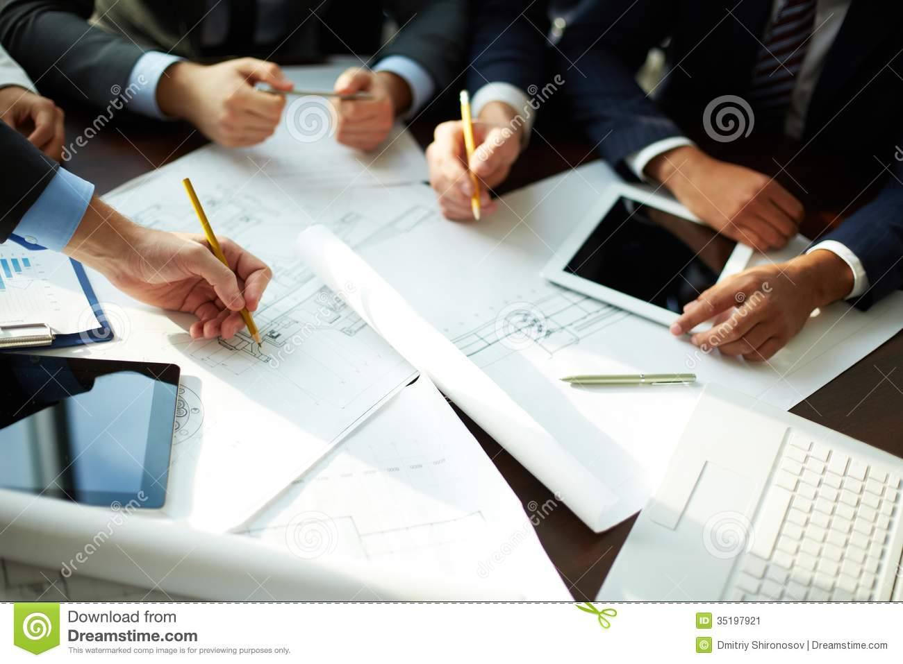 producing document for dispersed team