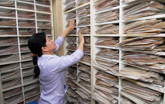 disadvantages of computerized documentation in nursing